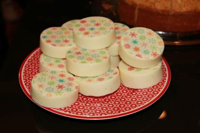 dulces chocolate decoración blanca ideas eventos temáticos