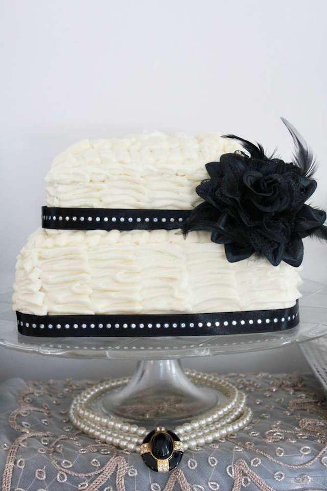 elegante pastel temático color blanco negro invierno