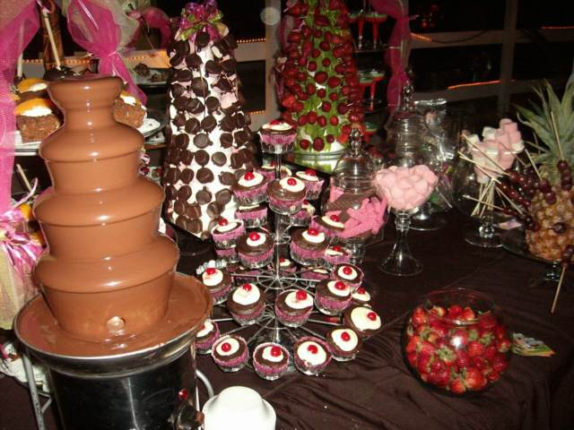 eventos corporativos fuente chocolate negro idea preciosa