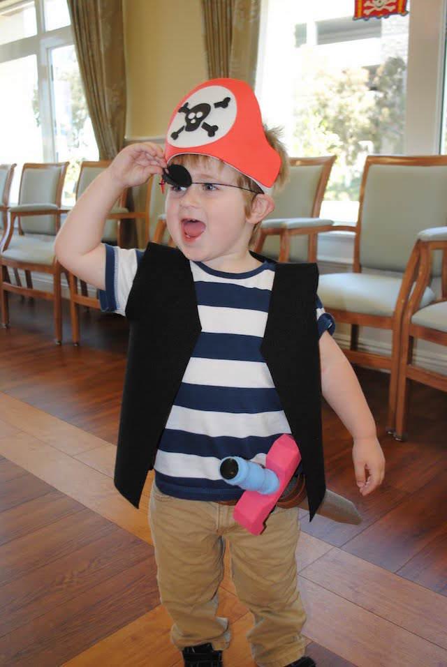 fiesta infantil temática disfraz de pirata diferente