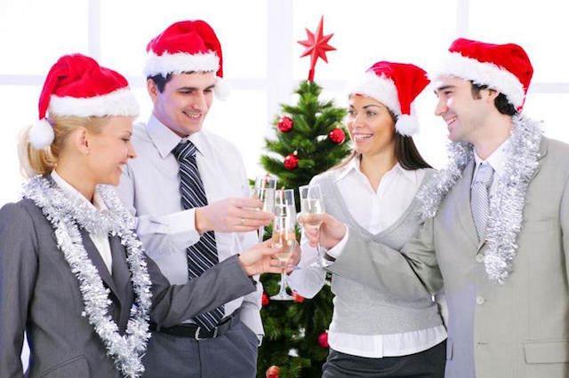 fiesta navideña corporativa personal celebración alegre