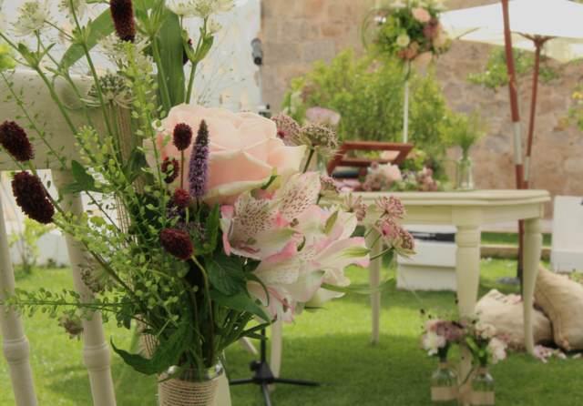 flores preciosas bonitas arreglos florales decoración fiestas temáticas