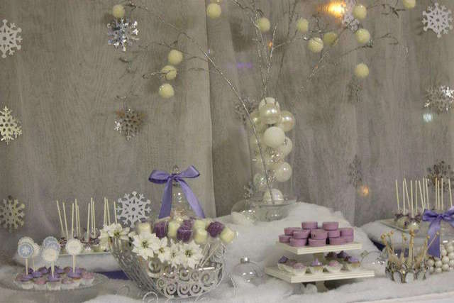 invierno decoración color blanco lila fiesta temática