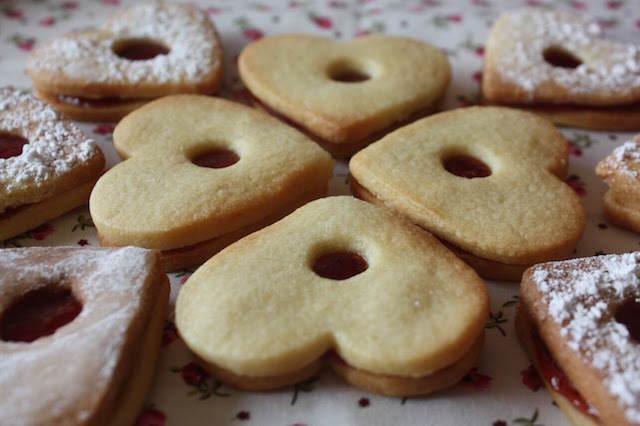 magníficas galletas forma corazón día san Valentín