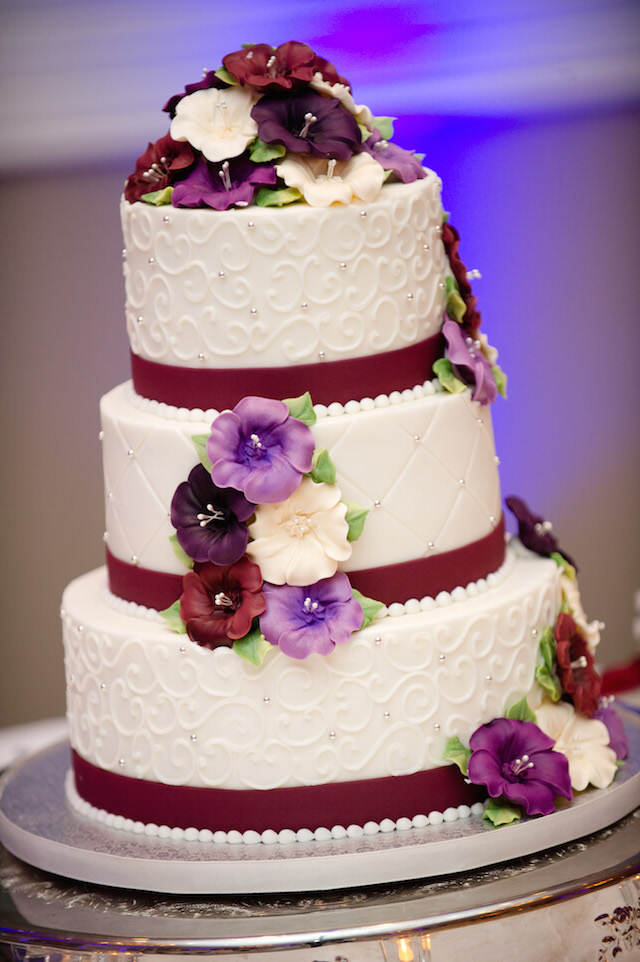 marsala moderno acento color pastel de boda