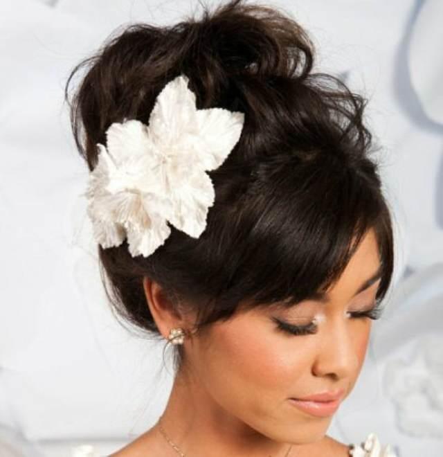 facb5098b Tocados de novia  las tendencias modernas 2015