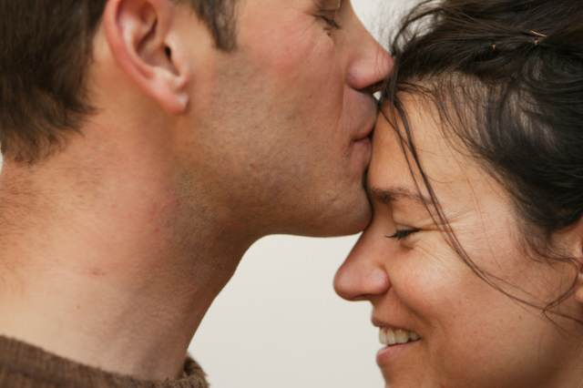 noviazgo fin de año navidad momento especial pareja