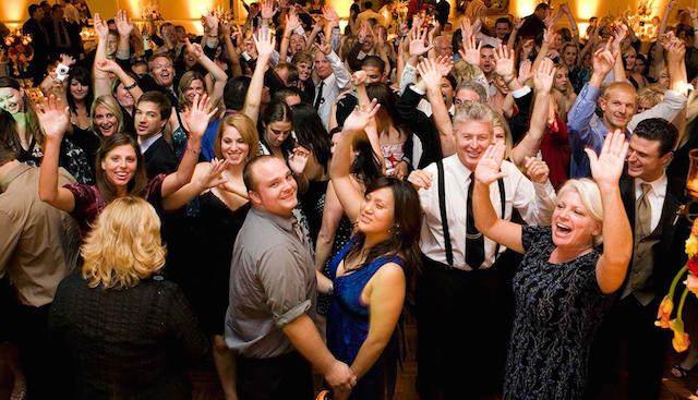música bailes fiesta Navidad corporativa