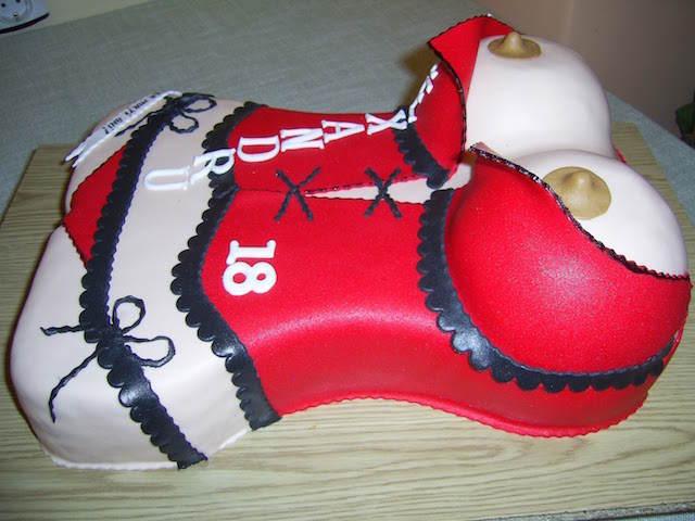 pastel cuerpo femenino decoración despedida de soltero
