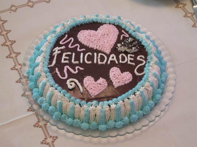 pastel fiesta cumpleaños decoracion colores preciosos