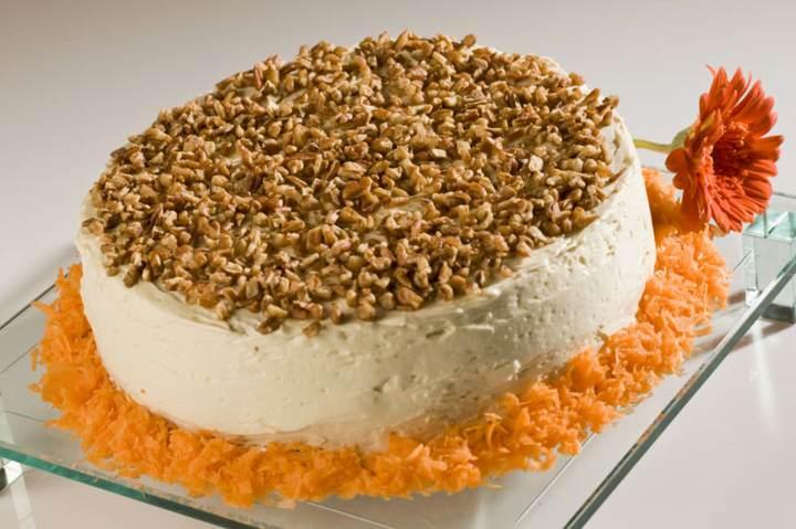 pastel zanahoria decoración preciosa nueces recetas