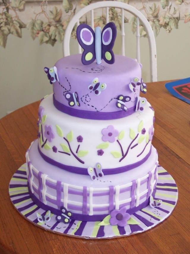 pastel fiesta infantil decorado color violeta