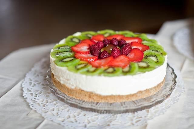 pastel sabroso frutas postre frío fiesta