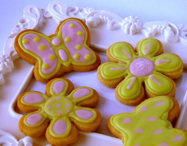 preciosas galletas de mantequilla cumpleaños muchacha