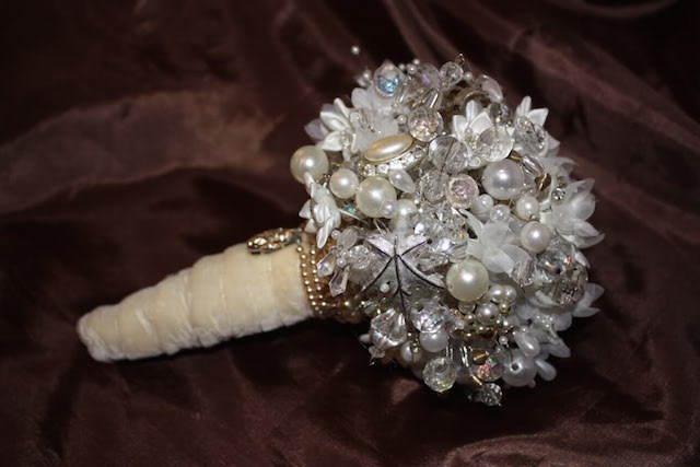 ramo artificial preciosa decoración Navidad