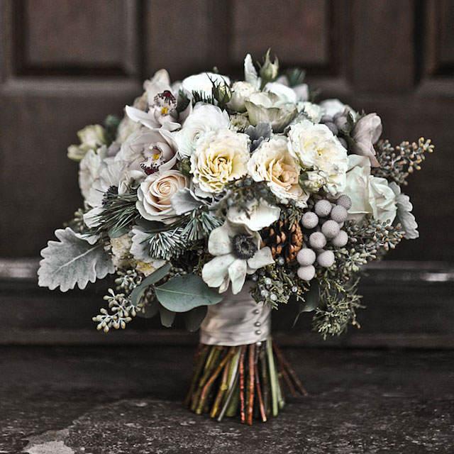 ramo de flores invierno colores modernos vintage