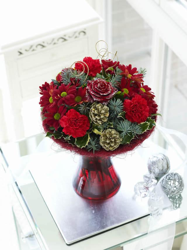 ramo de flores estilo navideño magnífico
