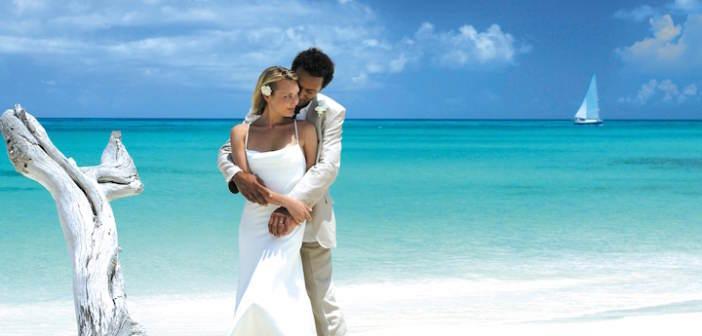 romantica-amor-bodas-en-la-playa