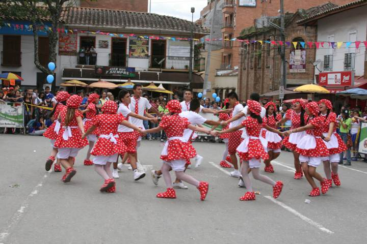Rondas Infantiles Juegos Tradicionales Para Fiestas