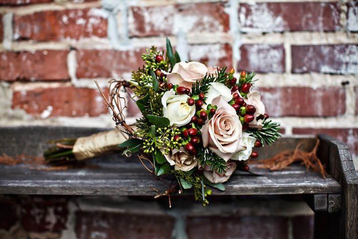 rosas color rosa preciosa combinación navideña