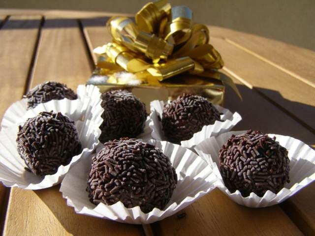 sabrosos dulces trufas chocolate fiesta preciosa