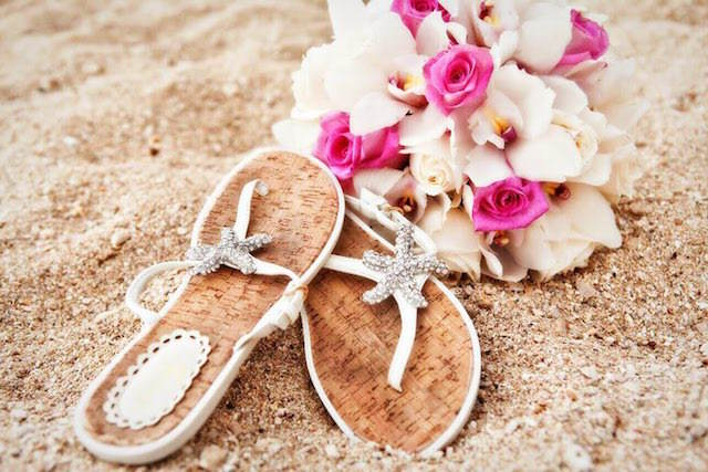 sandalias suelas planas cómodas bodas en la playa