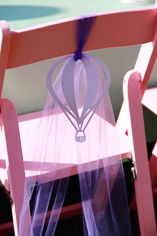 tierna decoración temática globos silla fiesta
