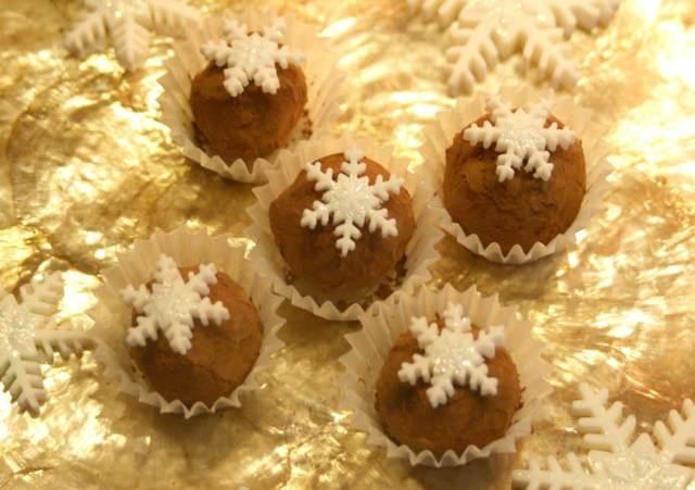 trufas chocolate decoración Navidad copos de nieve