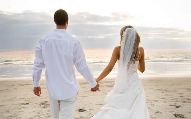 velo de novia corto cómodo boda mar