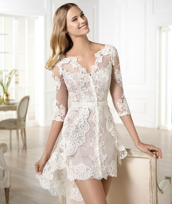 Modelos de vestidos blancos cortos 2015