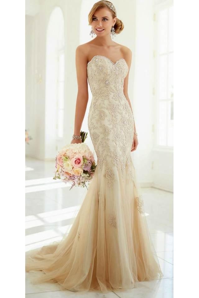 vestido de novia sencillos magníficos color nude corte sirena tendencias modernas 2015
