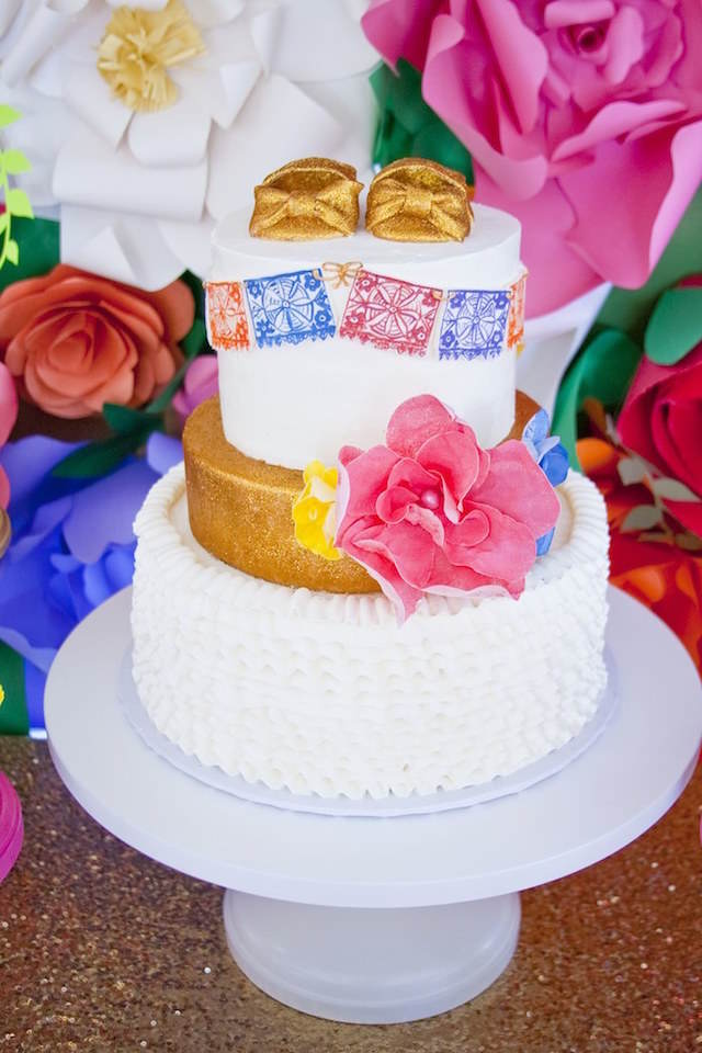 pastel para bautizo tema México