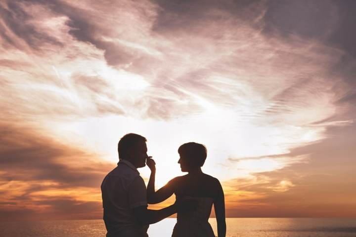 atardecer amor regalo novio noviazgo momento romántico feliz