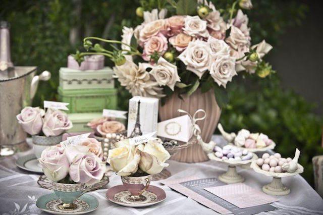 centros de mesa para boda tema Paris vintage