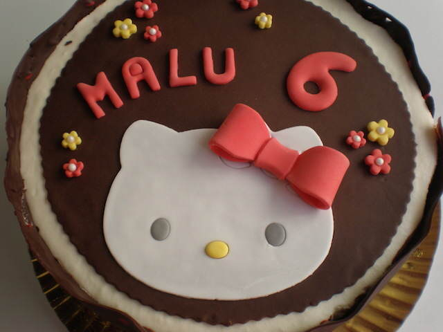 cumpleaños infantiles precioso pastel tres chocolates