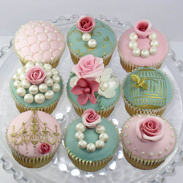 cupcakes para baby shower vintage
