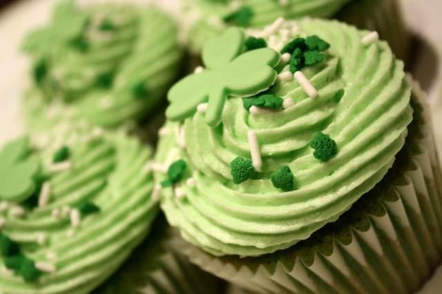 cupcakes día san patricio decoración  color verde idea tematica