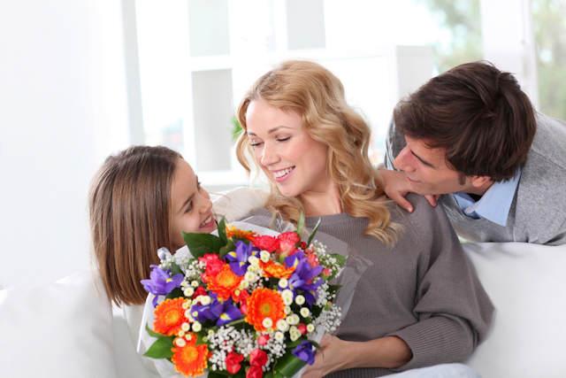 demostrar amor hacia mama durante fiesta