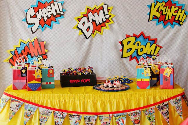 linda decoración tema superhéroes fiestas infantiles