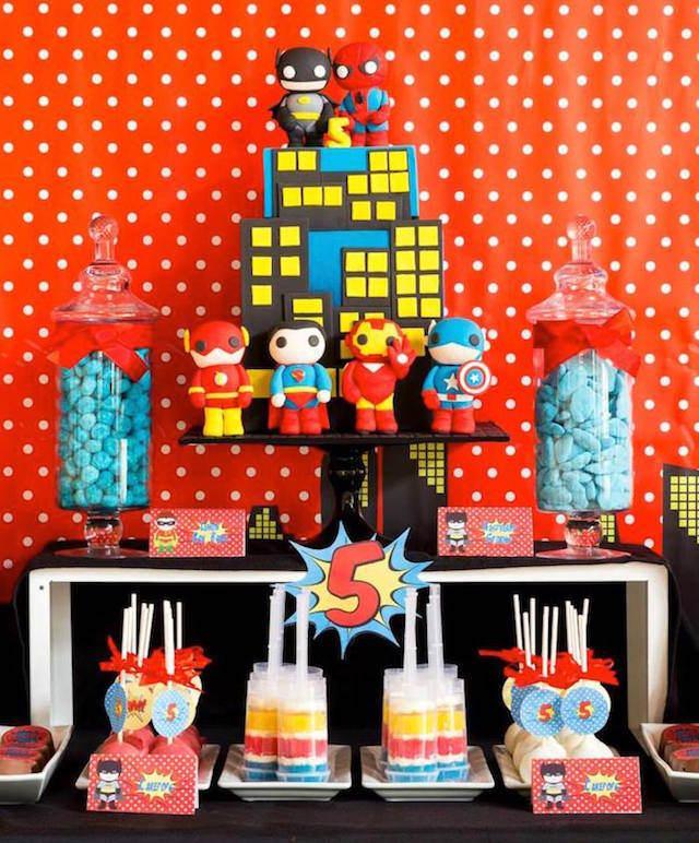 fiestas infantiles decoración fantástica estilo superhéroes