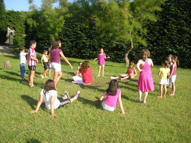 juegos infantiles aire libre fiestas preciosas