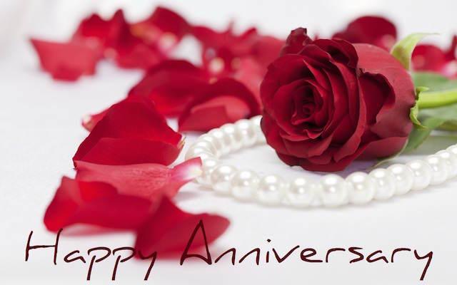 mensajes de aniversario precioso regalo rosas