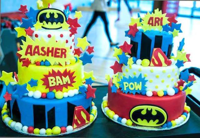 pasteles estilo superhéroes cumpleaños gemelos