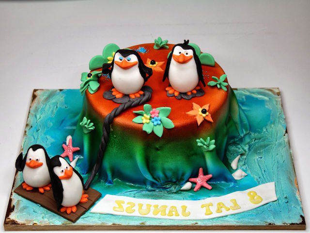 pingüinos Madagascar tarta para cumpleaños infantiles
