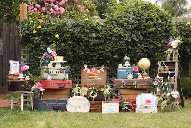 preciosa decoración temática viaje combinación vintage