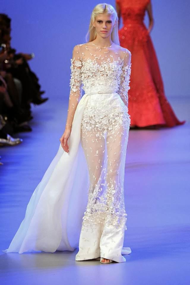 traje de novia modelo extravagante original boda magnífica