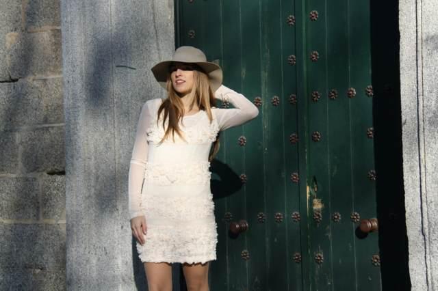 vestido magnífico vintage modelo precioso elegante