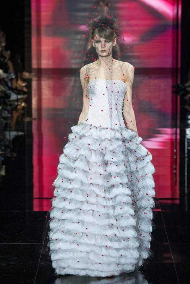 trajes de novia modelos extravagantes ideas modernas