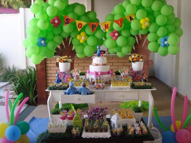 decoración pintada feliz cumpleaños estilo aves