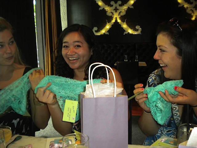 novia regalos originales celebración despedida